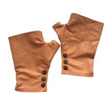 Load image into Gallery viewer, apricot color Gloves in Large with three rust metal snaps