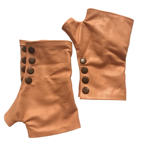 Apricot color Gloves with four rust color metal snaps