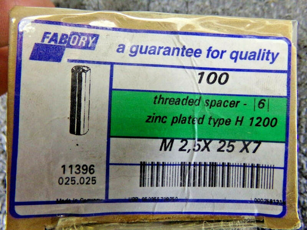 QTY: 100 SPACER WITH 2 X INTERNAL THREAD TYPE H1200 STEEL  ZINC PLATED M2.5 X 25 X 7 (183778368170-NBT03)