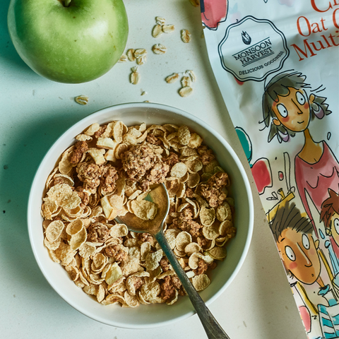Cinnamon Oat Clusters & Multigrain Flakes with Apple
