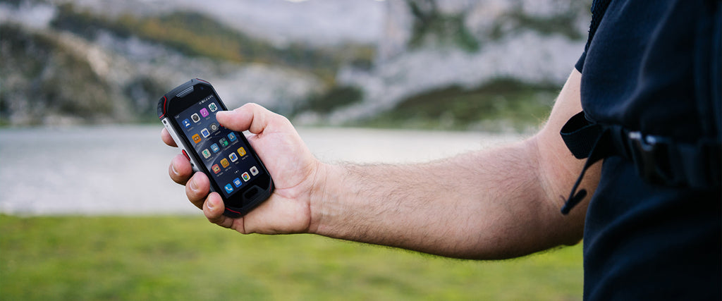 Atom L is a 4-inch small rugged smartphone