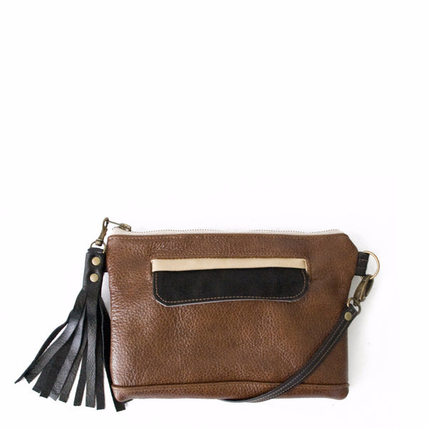 Crossbody Clutch in Chestnut/Black