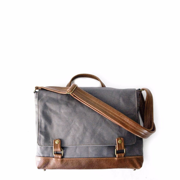 Messenger Mini in Gray/Chestnut