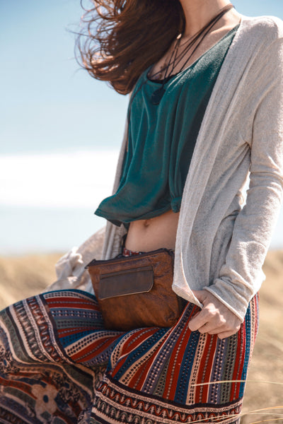 Traveler Fanny Pack in Chestnut