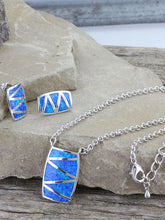 Load image into Gallery viewer, Montana Silversmiths Silver River of Lights Walking Life's Path Jewelry Set