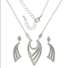 Load image into Gallery viewer, Montana Silversmiths Bending But Never Breaking Horseshoe Jewelry Set