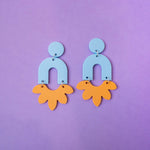 Load image into Gallery viewer, Flower Arch Earrings