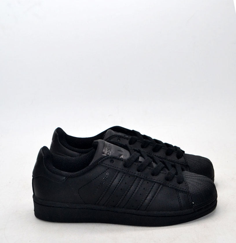 Superstar All Black