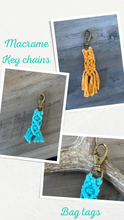 Load image into Gallery viewer, Macrame key chains