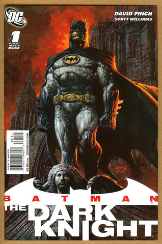 Batman The Dark Knight (2010) NM-