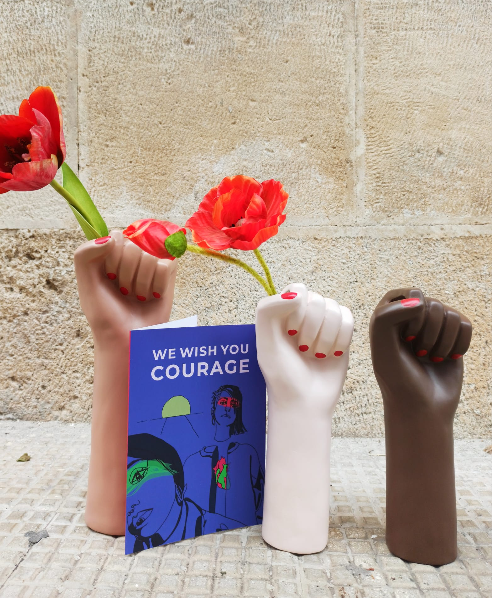 Cartolina: We Wish You courage