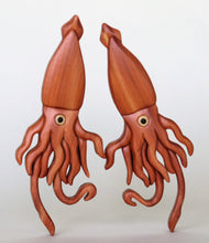 Load image into Gallery viewer, Squid Magnet / Ornament