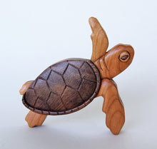 Load image into Gallery viewer, Sea Turtle Magnet / Ornament