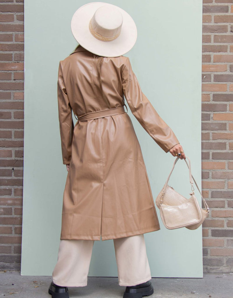 Faux leather trenchcoat