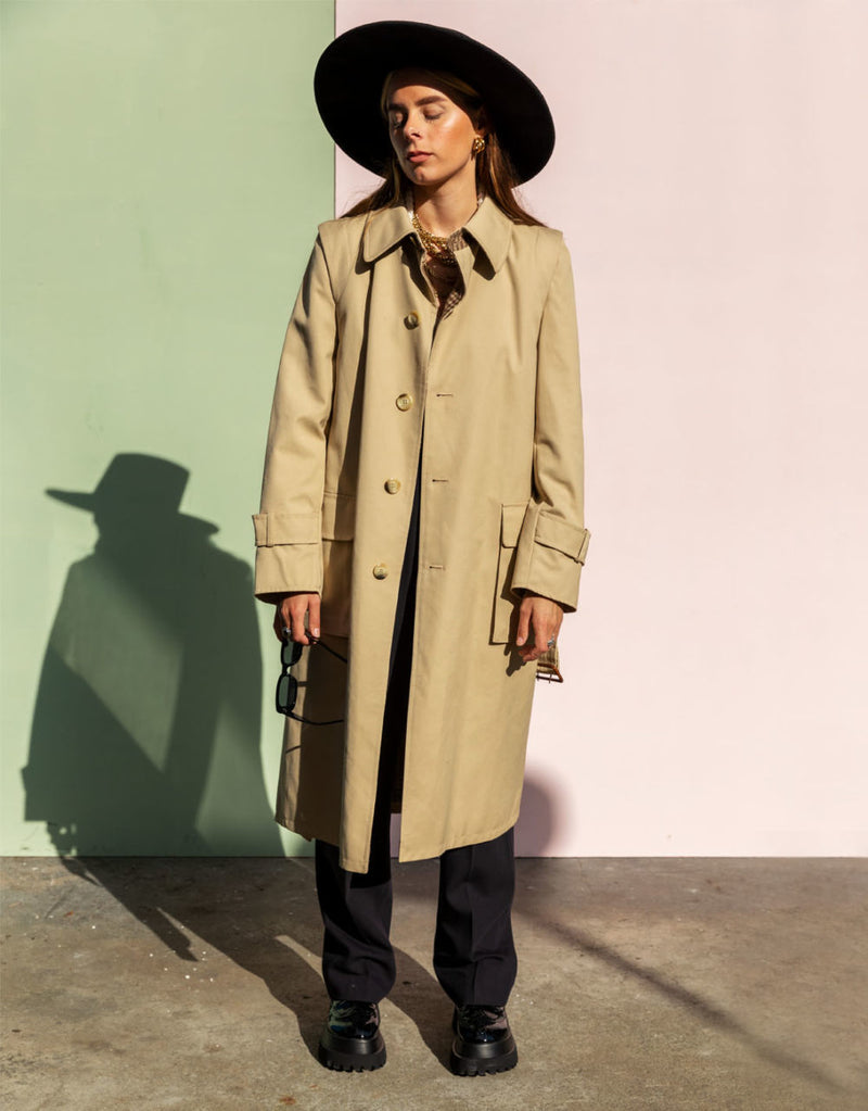 Vintage trench with belt