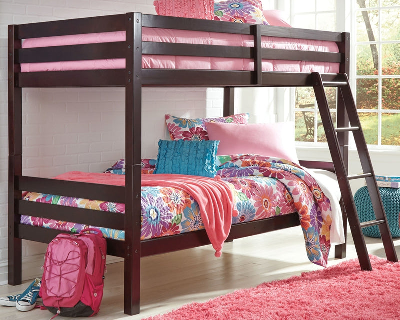Halanton Signature Design by Ashley Bed
