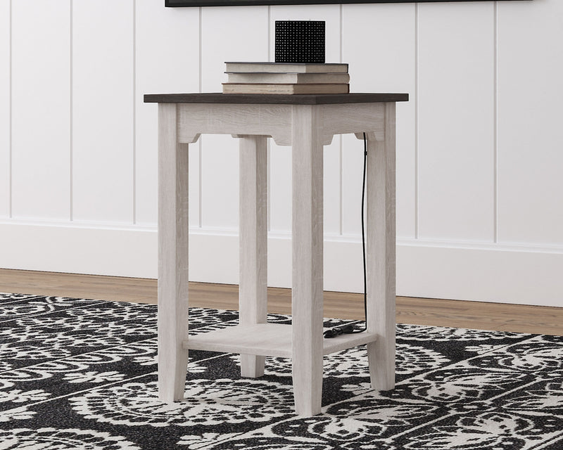 Dorrinson Signature Design by Ashley Chair Side End Table