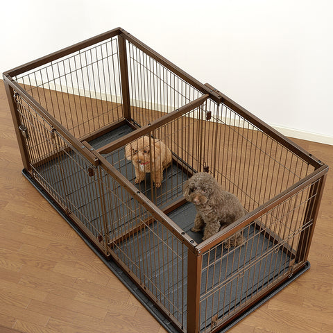 Crate divided into two separate pens