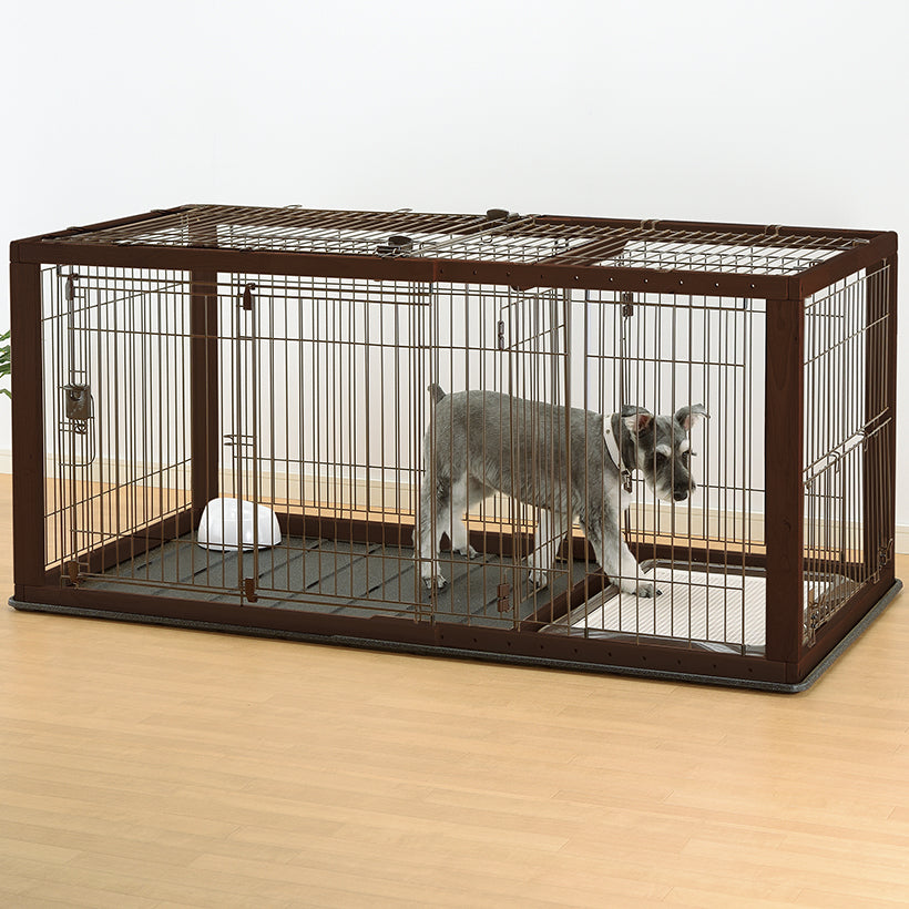 Expandable wire top with pet