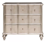 Elizabeth Chest RippleI Front All Silver