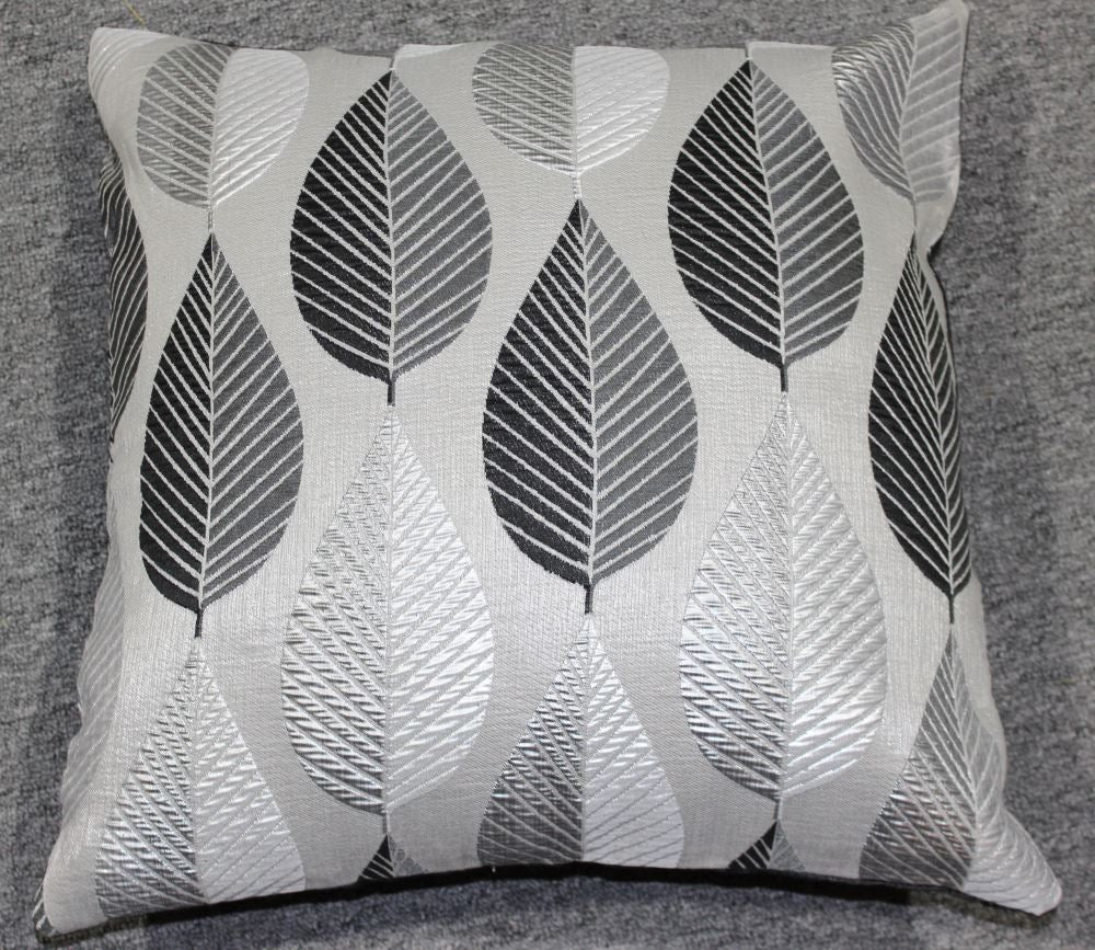 Cushion Leaf Cushion with Inner