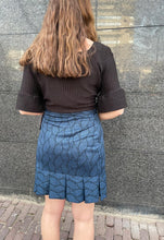 Afbeelding in Gallery-weergave laden, BLUE DNA SKIRT