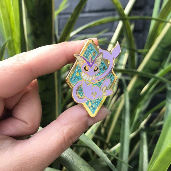 Shiny Vaporeon - Hard Enamel Pin