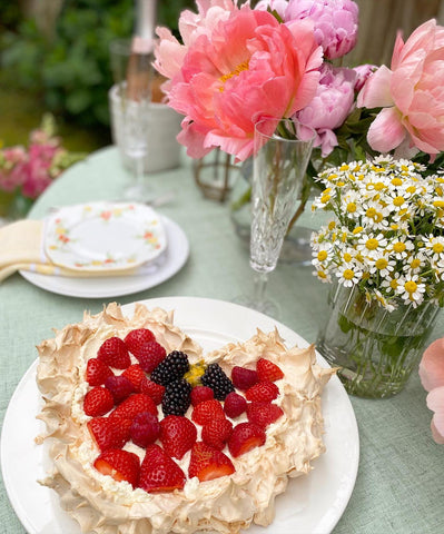 Ambra's Kitchen Private Catering. Our Amazing pavlova will blow you away!