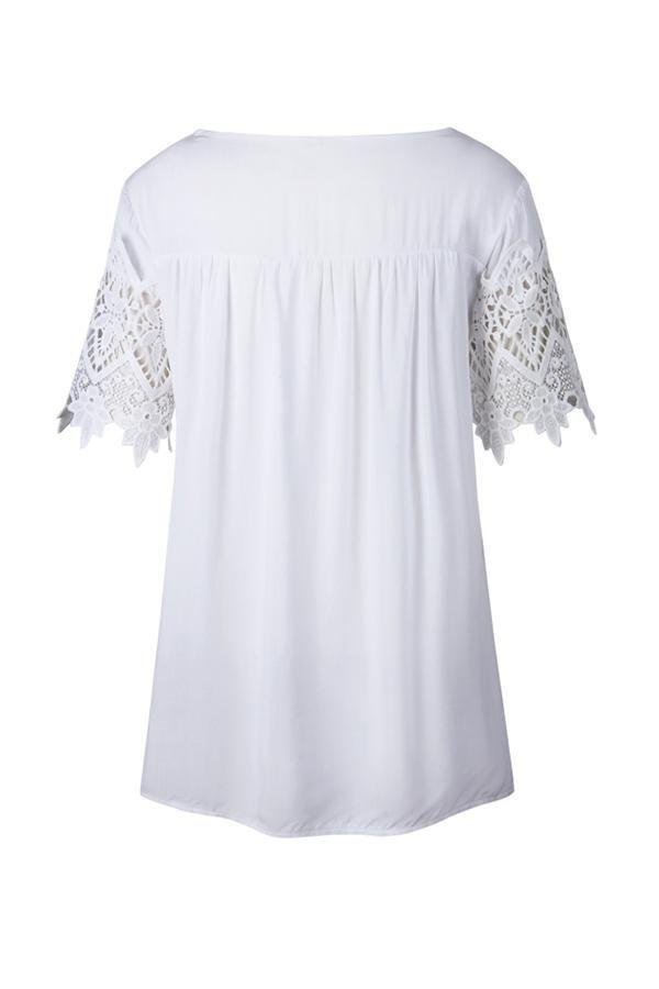 Lace Slim T-Shirt With Round Collar