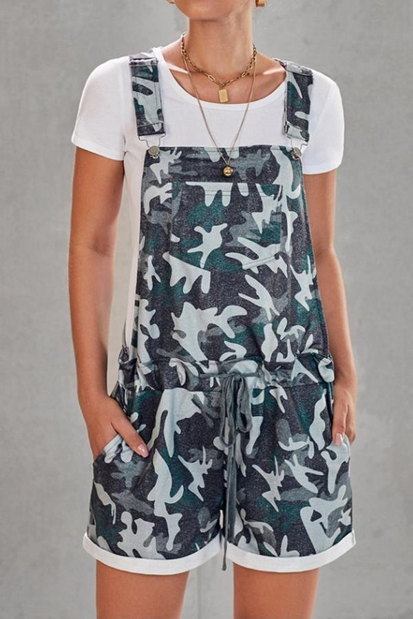 Camouflage Printed High-Waist Strap Shorts