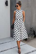 Load image into Gallery viewer, Be The Queen Dot Dress