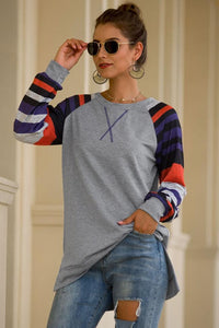 T-Shirt With Round Neck And Stripes