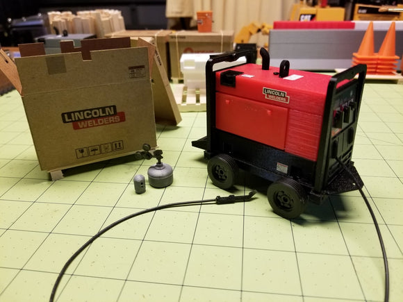 Truck 250-hp Welder-Generator at 1:14 Scale
