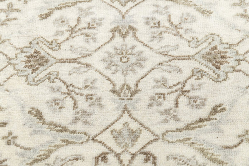 Luxury - Westerly Ivory New Zealand Wool Hand Knotted Premium Carpet
