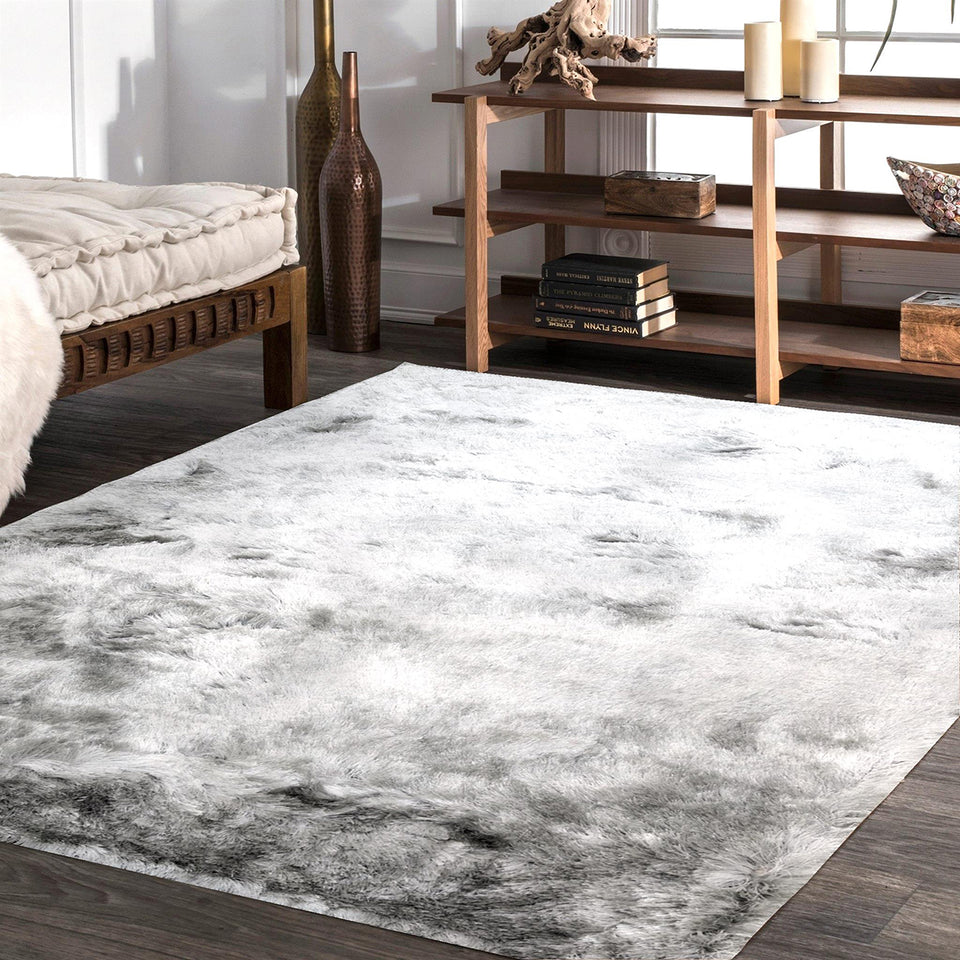 Paradise Silver Table Tufted Carpet with Latex Backing