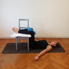 Static Back - Knee Pillow Squeezes