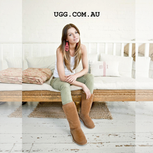 Load image into Gallery viewer, Classic Tall Ugg Boots