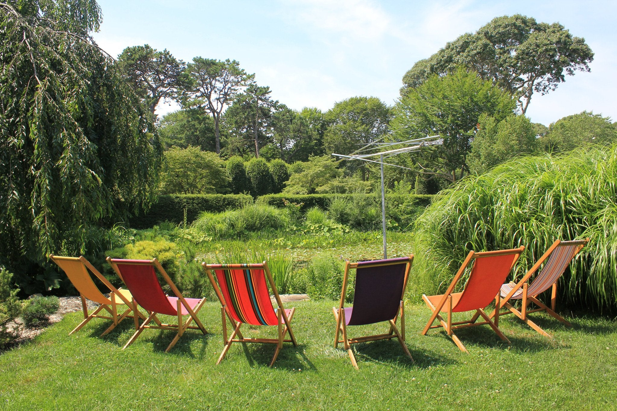 Sunbrella Chairs:  The Stalwarts of LongHouse Reserve