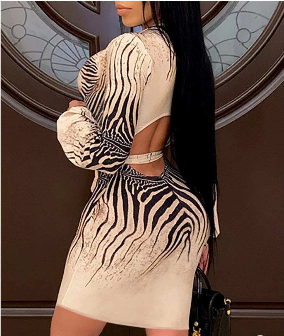 ZEBRA STRIPE BACKLESS BODYCON DRESS