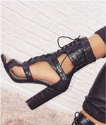 Load image into Gallery viewer, LACE-UP CUTOUT CHUNKY HEELS