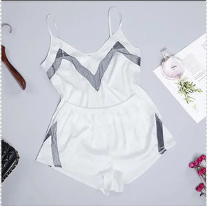 SATIN SLEEVELESS SOLID COLOR LACE SET