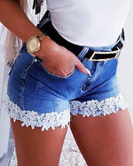 Load image into Gallery viewer, CROCHET LACE POCKETS DENIM SHORTS