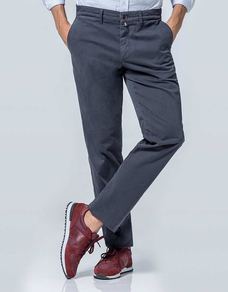 Pantalón chino regular gris