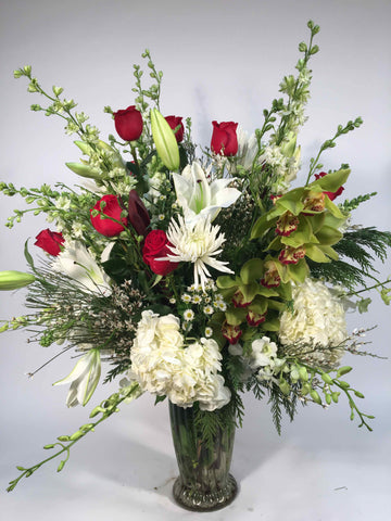 Spectacular Holiday Vase
