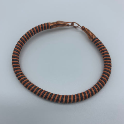 Thread W/Metal Wire Bracelet-Orange Variation - Lillon Boutique