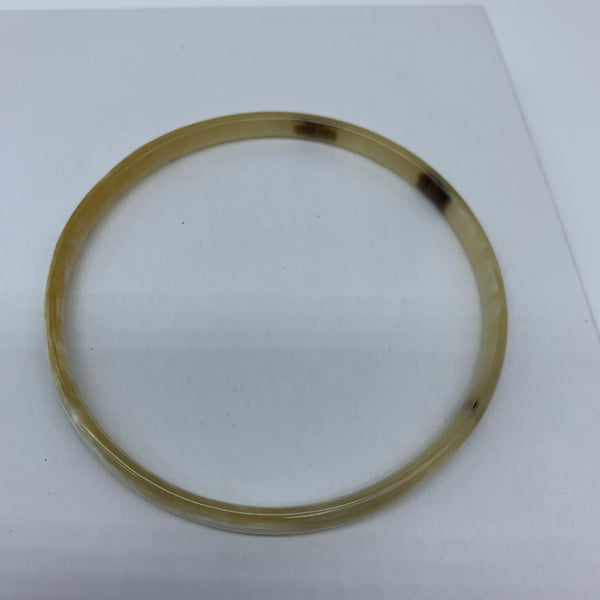 Cow Horn Bangle-XS Natural Variation 6