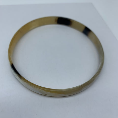 Cow Horn Bangle-S Natural Variation 7 - Lillon Boutique