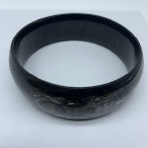 Cow Horn Bangle-L Black Variation