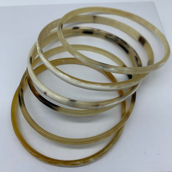 Cow Horn Bangle-XS Natural Variation 6 - Lillon Boutique