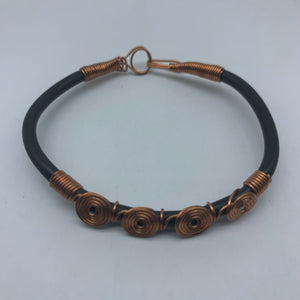 Plastic Bracelet  W/Metal Wire-Black Variation 2 - Lillon Boutique